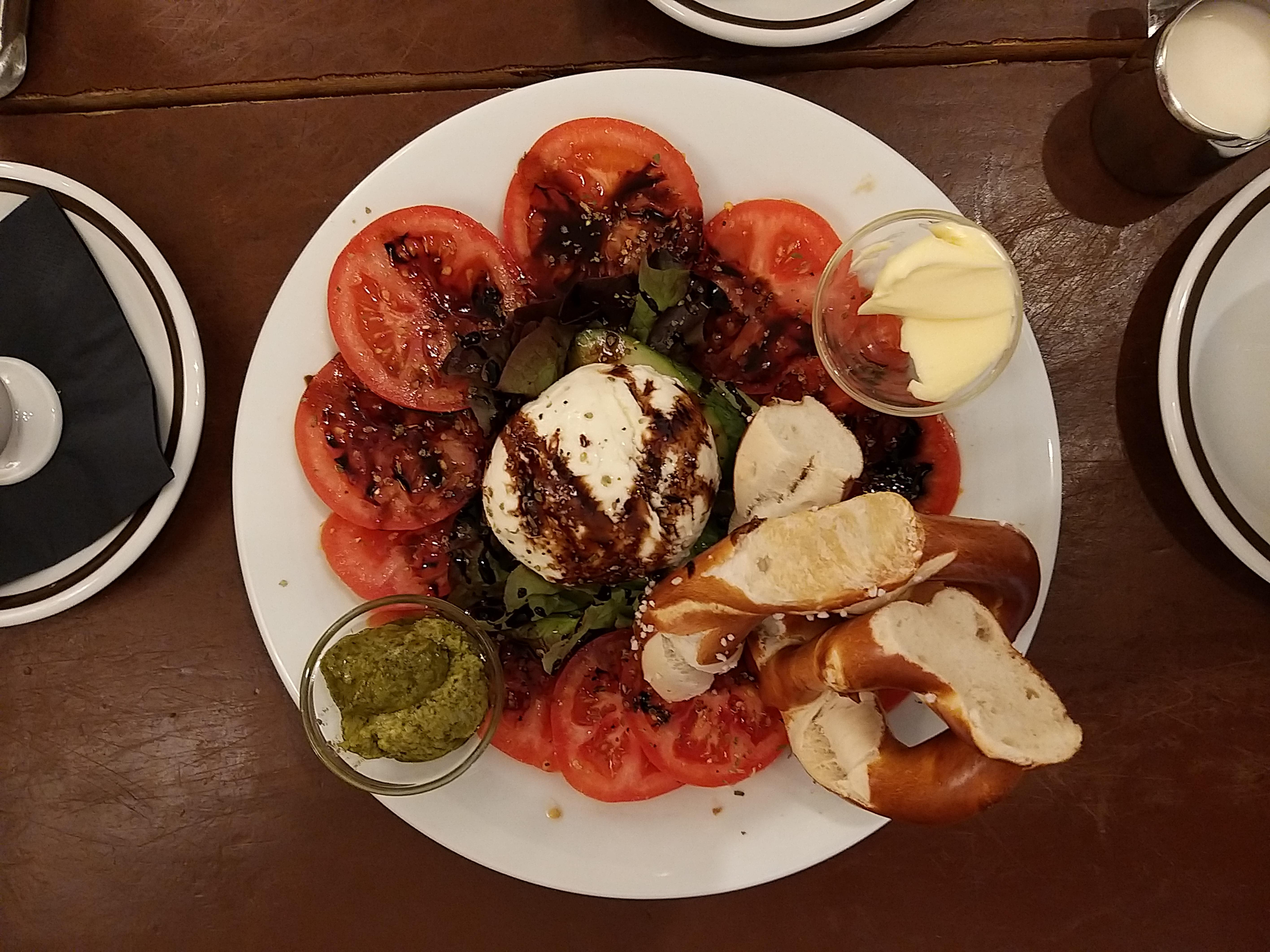 BrezelBar-Mozzarella-1